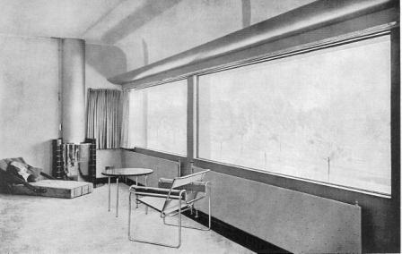 De hoek met de open haard voor 1932