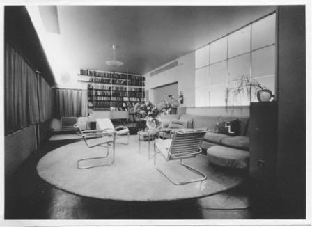 De zitkamer voor 1932