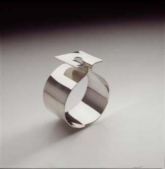 armband, Nicolaas van Beek, zilver, coll. MMKA