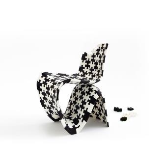 Puzzle Chair, 2014, kunststof.