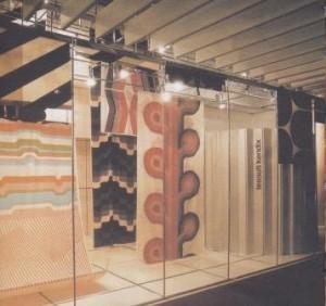 Stand voor Kendix stoffen in Frankfurt, 1968.